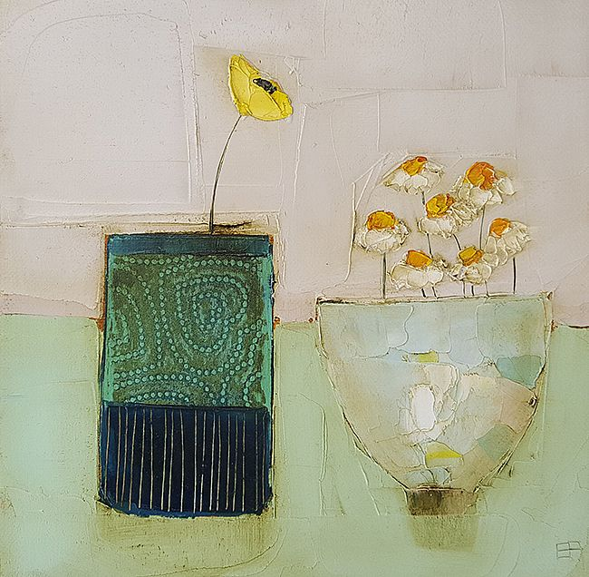 Eithne  Roberts - Dark vessel and daisy bowl